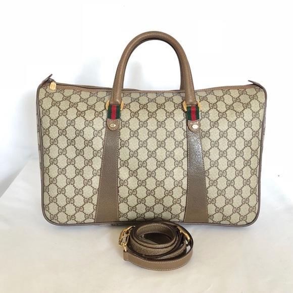 757a4cd6127 Gucci Handbags - GUCCI VINTAGE GG SUPREME LARGE DUFFLE 2 WAYS BAG